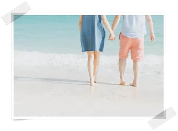 恋するカップルのイメージ画像。