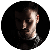 LINEプロフィール画像-表情がわからないor彩度が低く陰鬱な写真